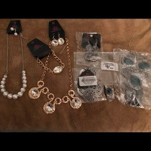 Fashion Fix set & necklaces with matching earrings